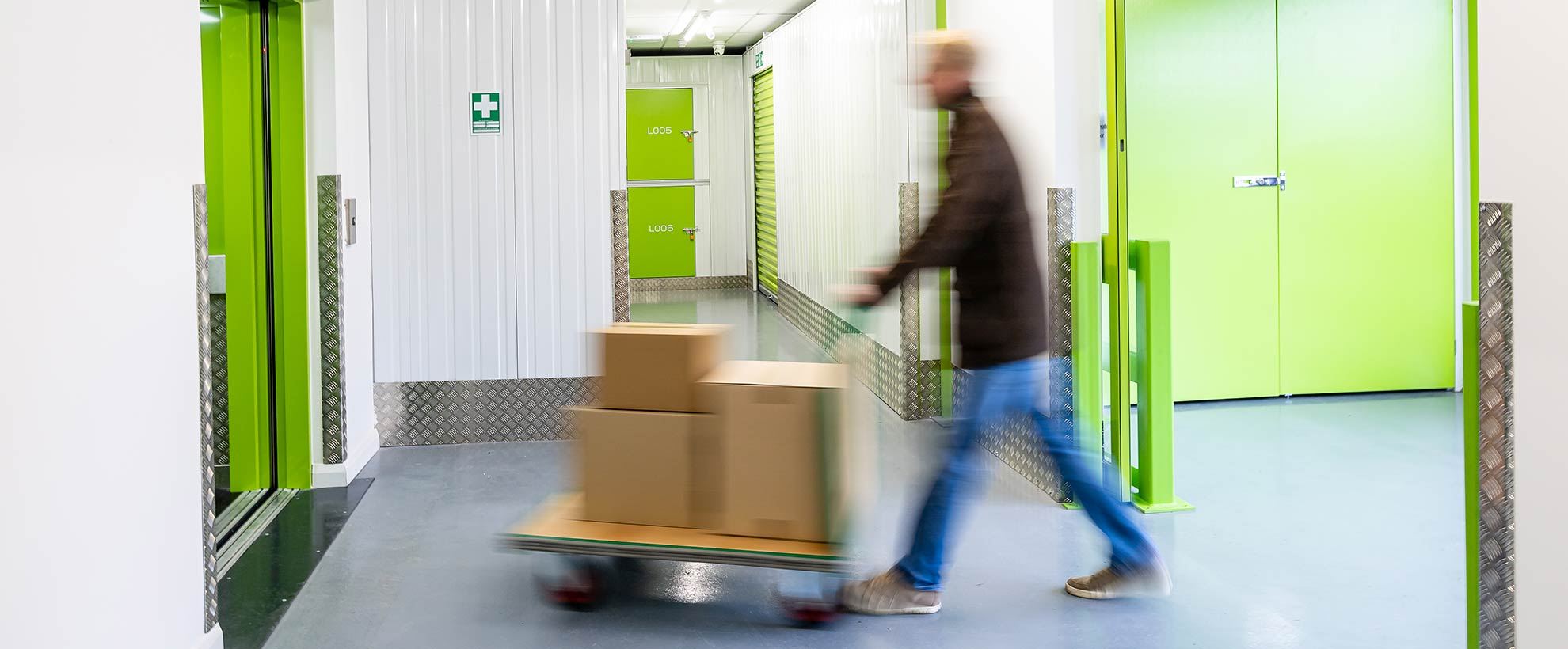 Clear Space Self Storage Somerset Loading
